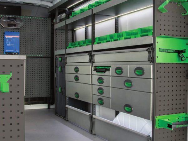 Förvaringssystem i skåpbil - Bilinredning Toyota